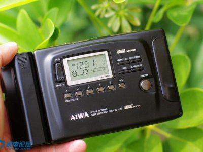 AIWA HS-JX707 磁带随身听