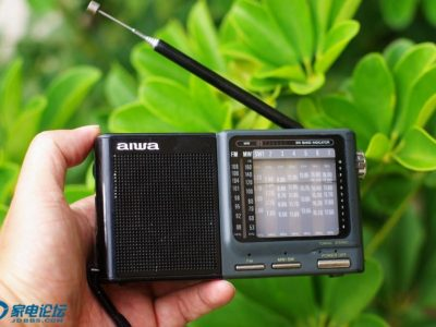 爱华 aiwa A100 + 东芝 Toshiba RP-71 收音机