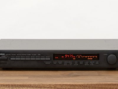 雅马哈 YAMAHA TX-540 立体声 Tuner / 收音机 / Empfänger