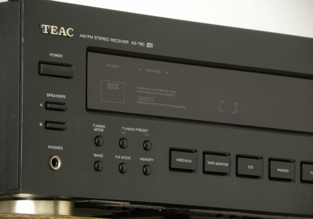 TEAC AG-790 AM/FM 收扩机