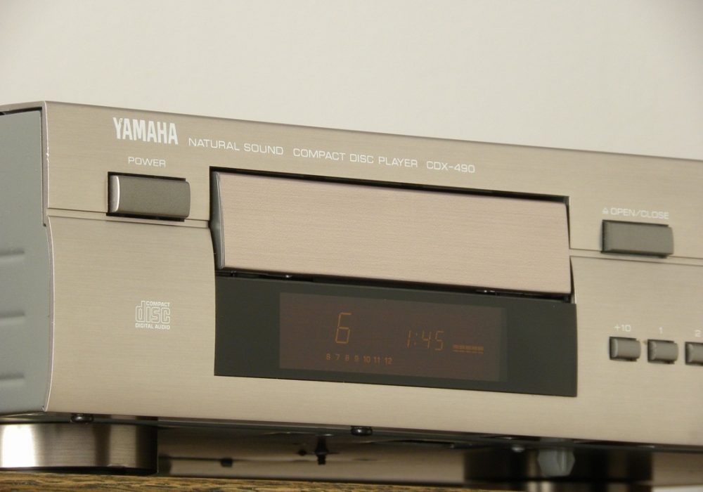 YAMAHA CDX-490 CD播放机