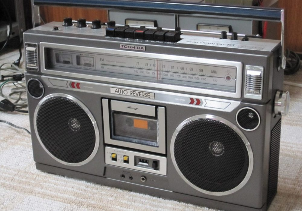 TOSHIBA RT-8550S 单卡收录机