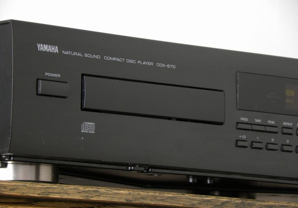 YAMAHA CDX-670 CD播放机