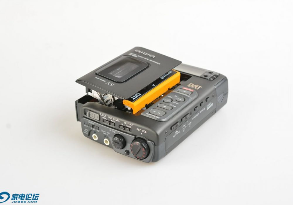 HITACHI DAT-88EX DAT随身听