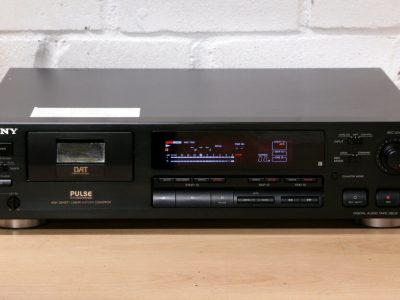 索尼 SONY DTC-690 DAT播放机