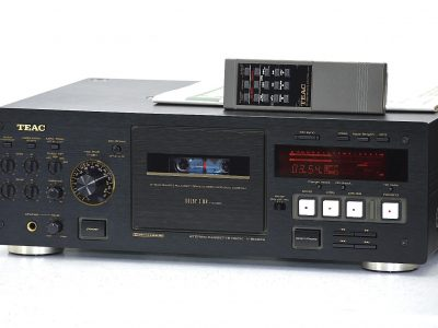 TEAC V-8030S High-End 卡座