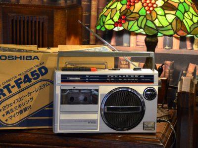 Toshiba RT-F45D 收录机