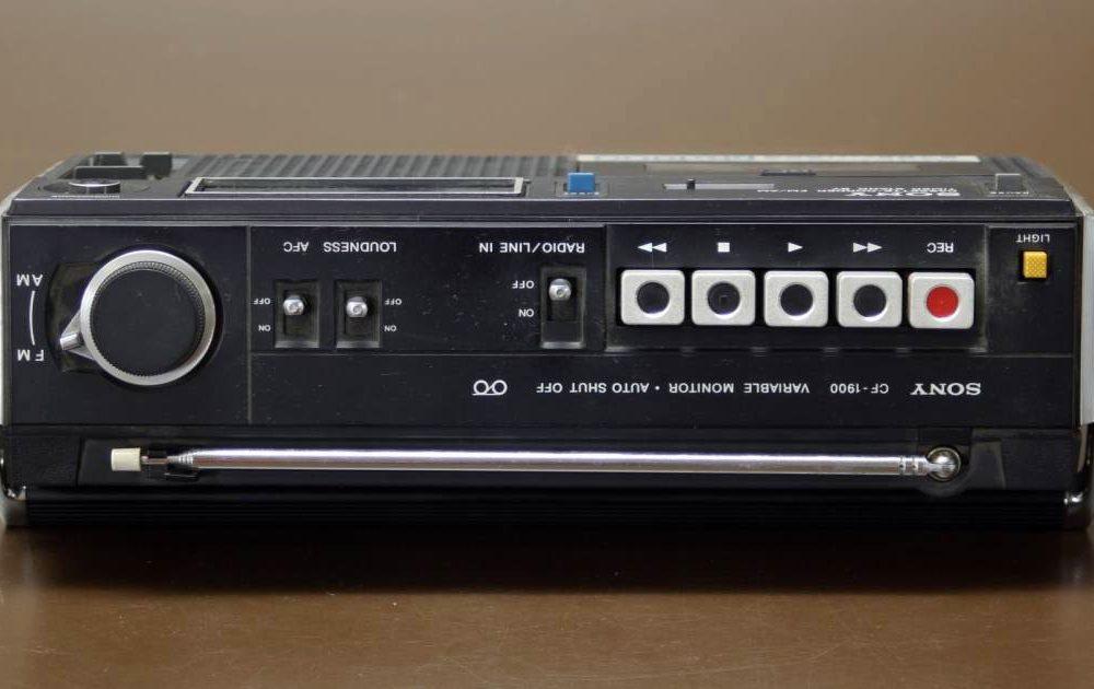 SONY CF-1900 Pro 收录机
