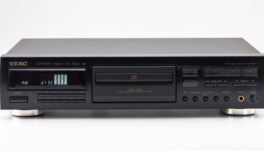TEAC CD-P1820 CD播放机