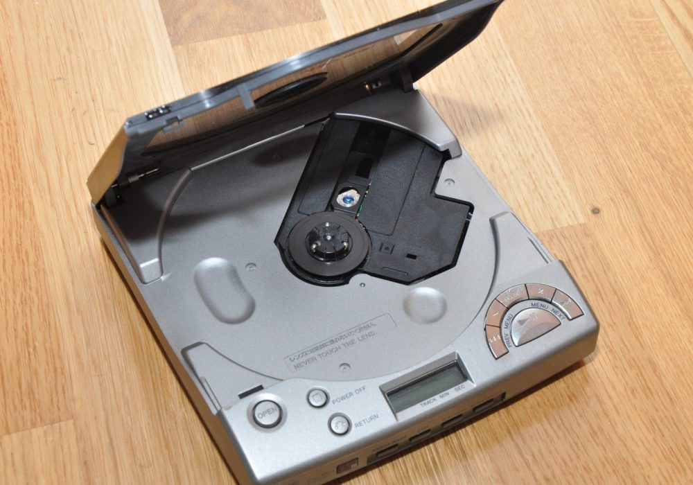 SONY D-V8000 Video CD 便携VCD播放机