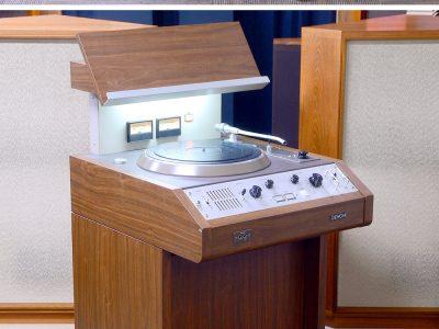 DENON DN-308F 黑胶唱机