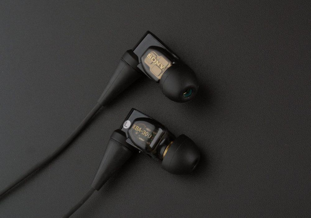 索尼 SONY XBA-300AP 三单元动铁入耳式耳机