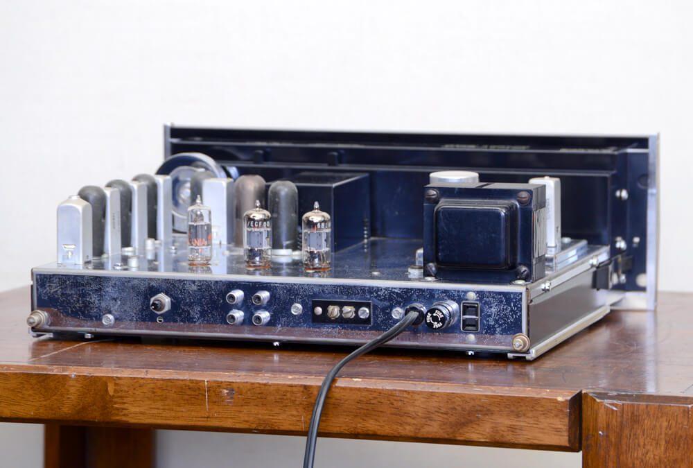 McIntosh MR67 FM 电子管收音头