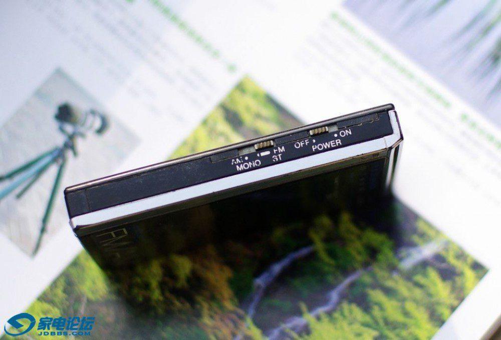 爱华 AIWA CR-5 FM/AM 口袋式收音机