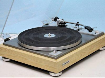 Pioneer PL-A215 黑胶唱机