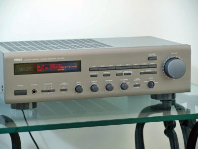 雅马哈 YAMAHA RX-350 FM/AM 收扩机