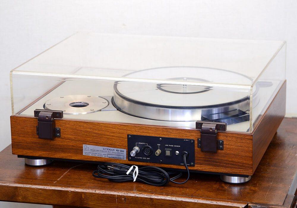 LUXMAN PD300 黑胶唱机