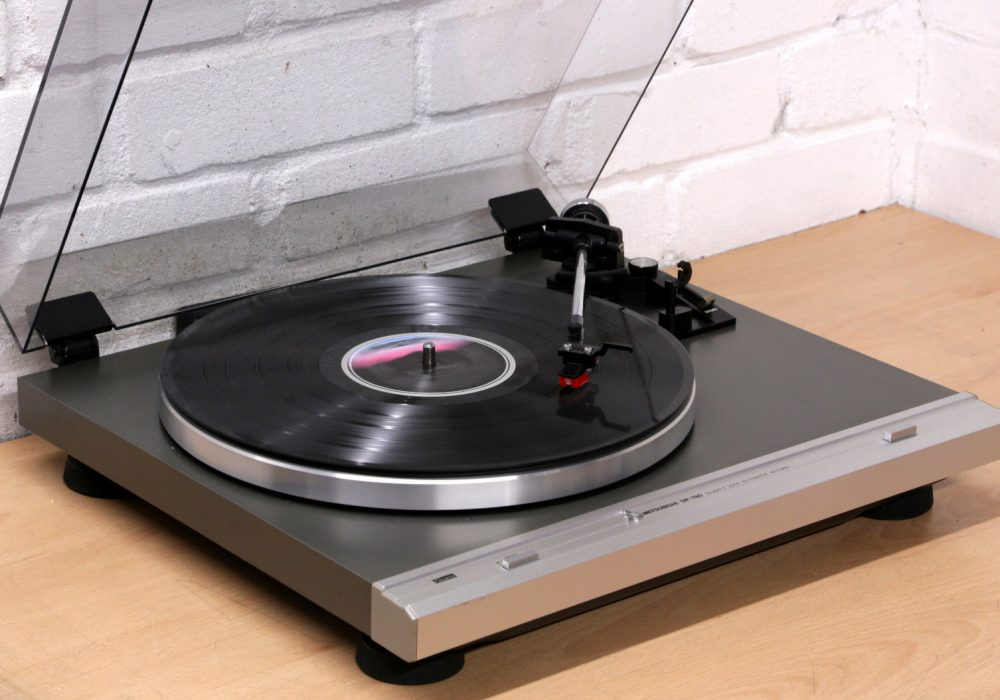 MITSUBISHI DP-780 黑胶唱机