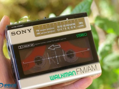 索尼 SONY WM-F15 Walkman 磁带随身听