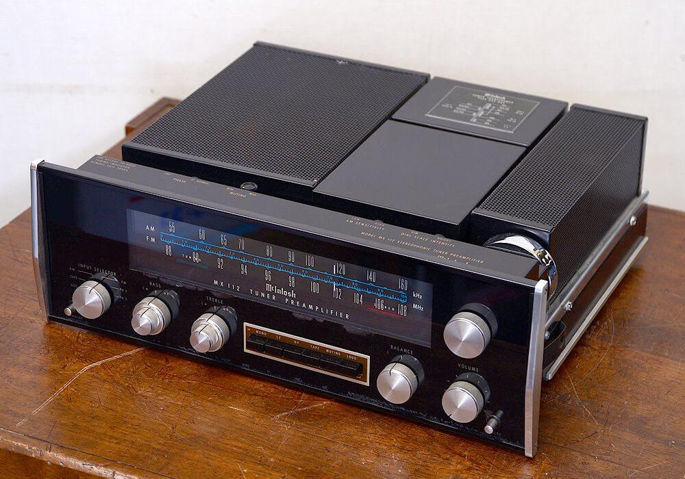 McIntosh MX112 FM/AM 前级放大器