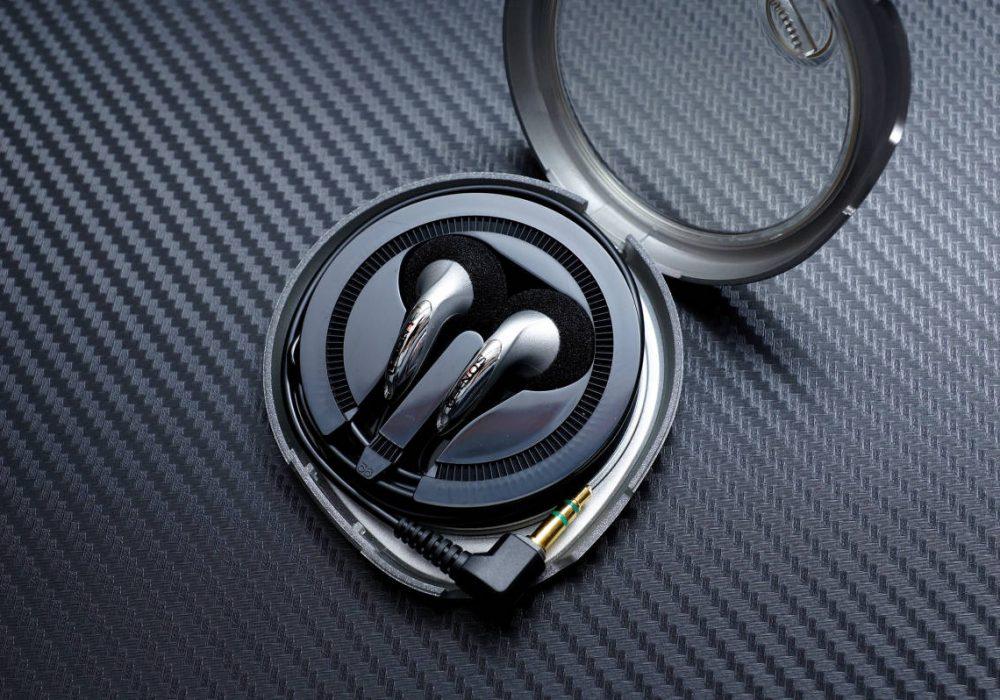 SONY MDR-E838 耳塞式耳机