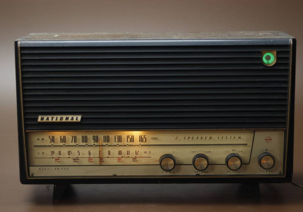 National AM-505 电子管收音机