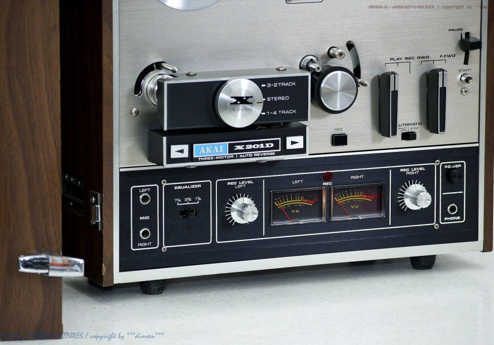 AKAI X-201D 开盘机