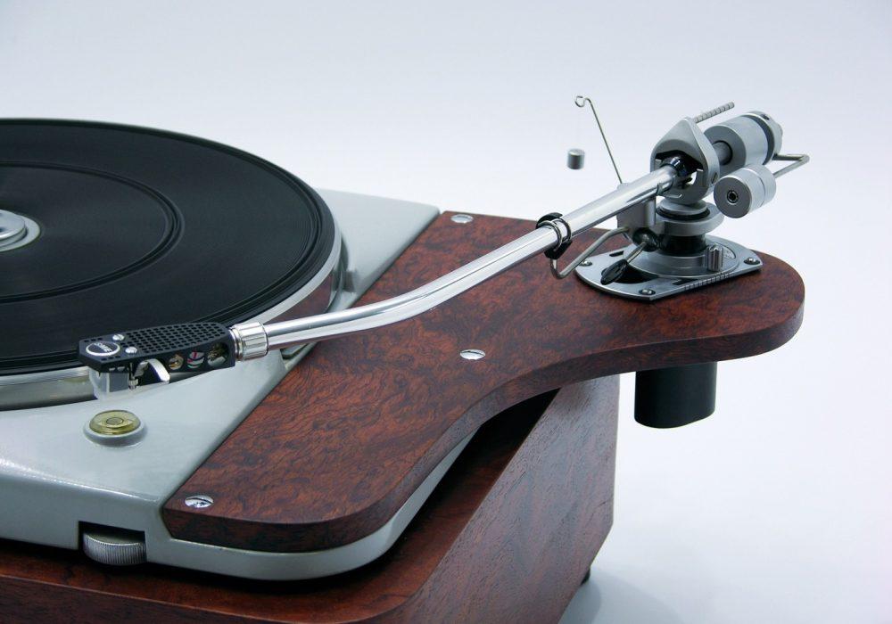 多能士 Thorens TD124 MKI-MKII 黑胶唱机