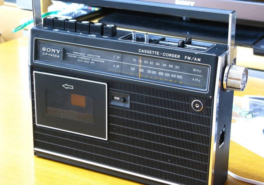 SONY CF-1400A 单卡收录机