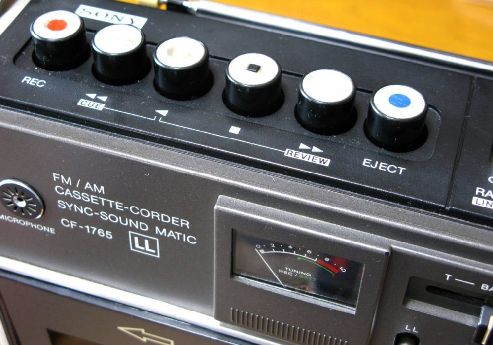 SONY CF-1765 单卡收录机