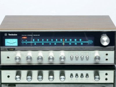 Technics SA-5200 收音机