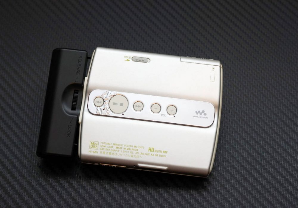 索尼 SONY MZ-EH70 Hi-MD WALKMAN MD随身听