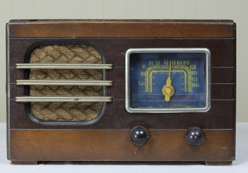 Weal 古董收音机