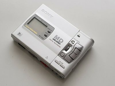 索尼 SONY MZ-R50 MD WALKMAN MD随身听
