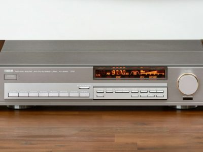 雅马哈 YAMAHA TX-2000 High-End FM/AM Tuner 收音头