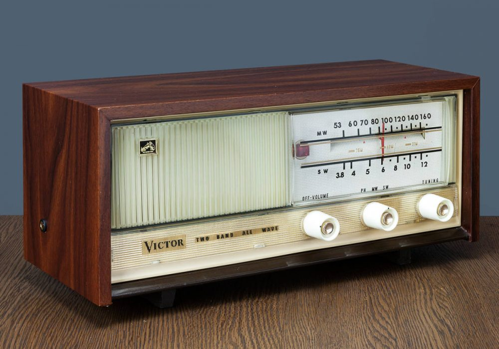 Victor MODEL R-205 电子管收音机