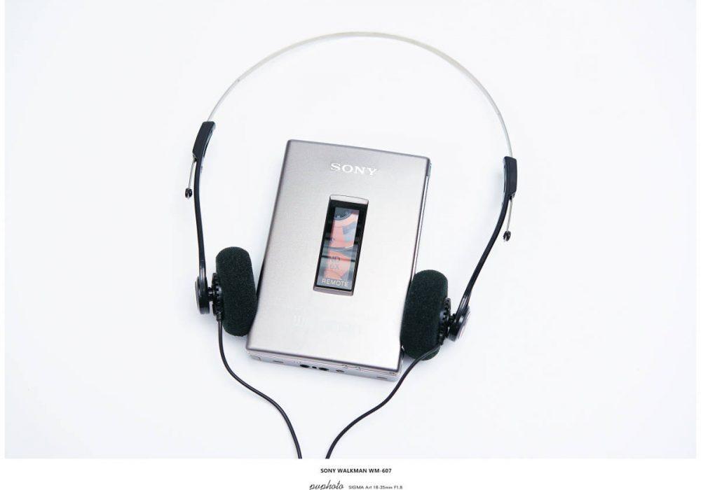 SONY ソニー WALKMAN ポータブルカセットプレーヤー WM-607 シルバー レトロ調ヘットフォン付
