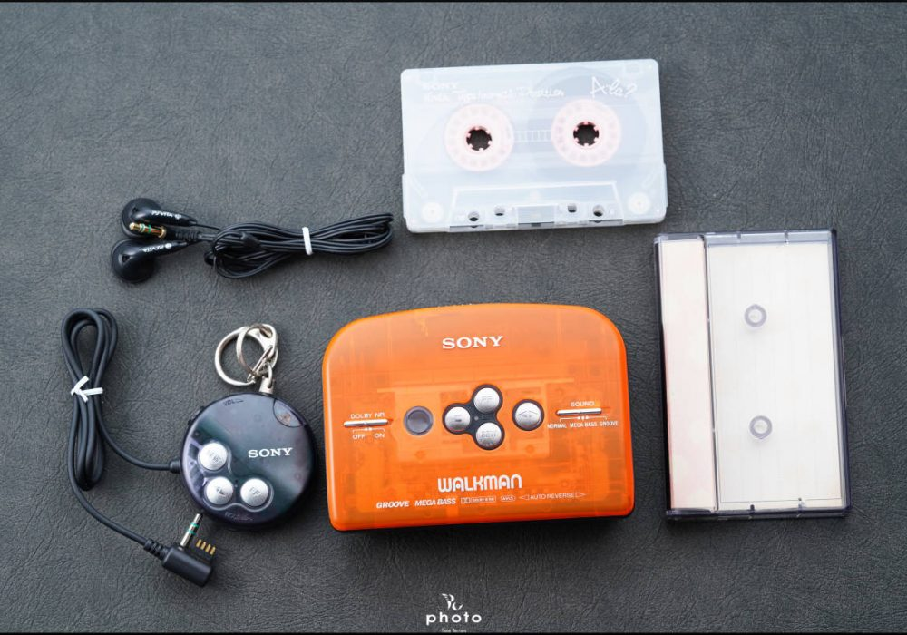 索尼 SONY WALKMAN WM-EK1 磁带随身听